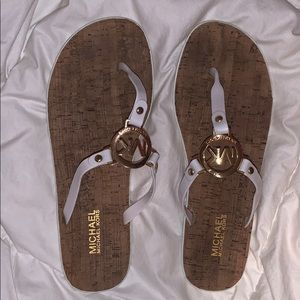 Michael Kors sandals in white and gold (Size-10)
